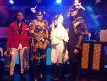 League of Legends IEM Viewing Party COsplayers on POINT!